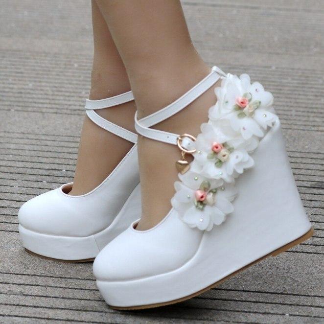 2019 nova Cunhas Bombas de Casamento Branco Doce Flor Do La o Branco P rola Sapatos 1 - Salto Wedge: Looks Inspirações, Como usar