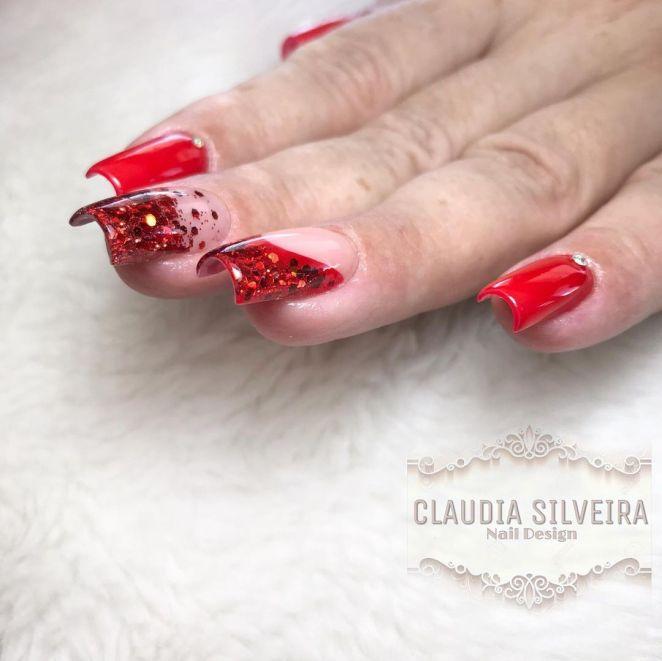 claudianaildesign 102371451 308600486810654 7675507258950999887 n - Francesinha vermelha: dicas, como pintar, fotos