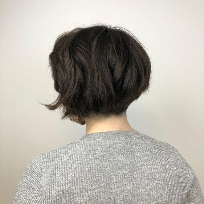 halogenhairco 226454335 516701759556807 5436589568957972399 n - Cortes para cabelos finos e ralos: fotos, tendências