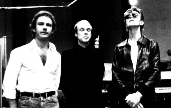 """Robert Fripp, Brian Eno y David Bowie durante la grabación de """"Heroes"""""""