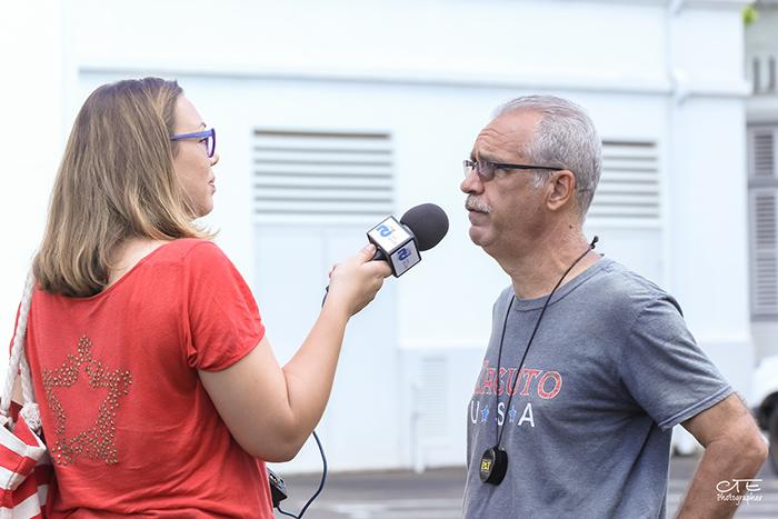 Interview par l'équipe de Radio RCI, à la Préfecture, pour le film