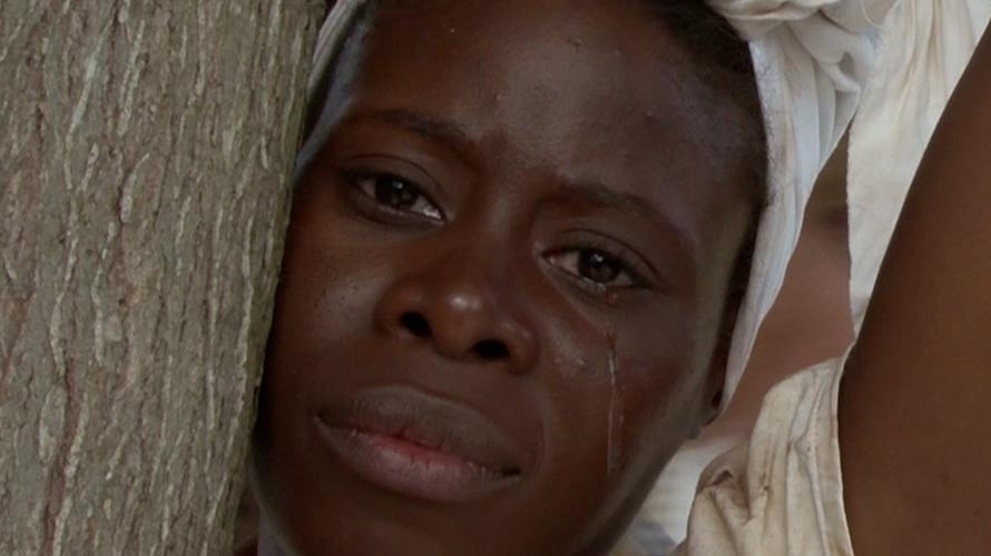 """Esclave en larmes pour le film """"Au temps des Isles à sucre"""" de Patrick Baucelin"""