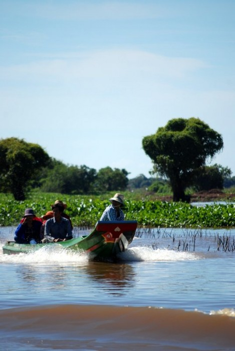 Boats on the Tonle Sap lake