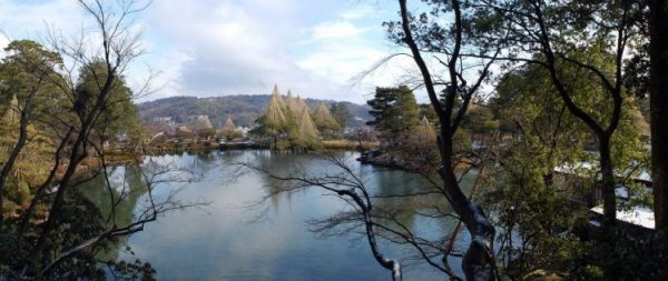 Kenrokuen in winter