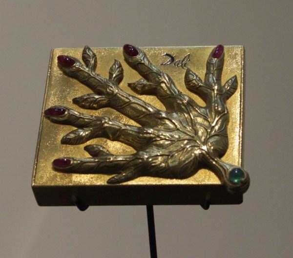 Leaf Veined Hand
