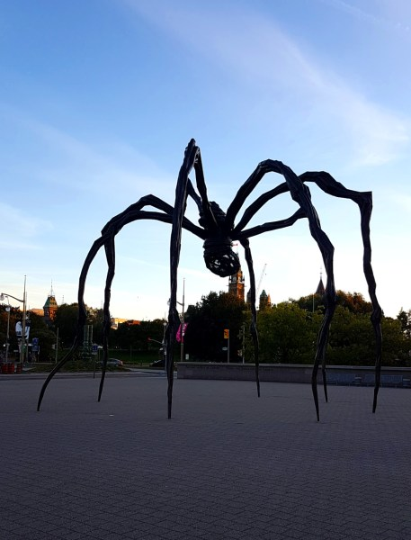 Giant Spider statue