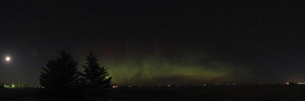 Aurora borealis panorama, April 19th, 2021
