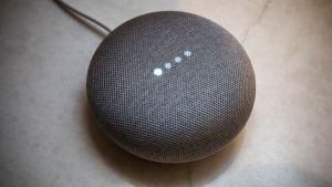 Read more about the article Google Home Mini – An uncomprehensive Unboxing & Review