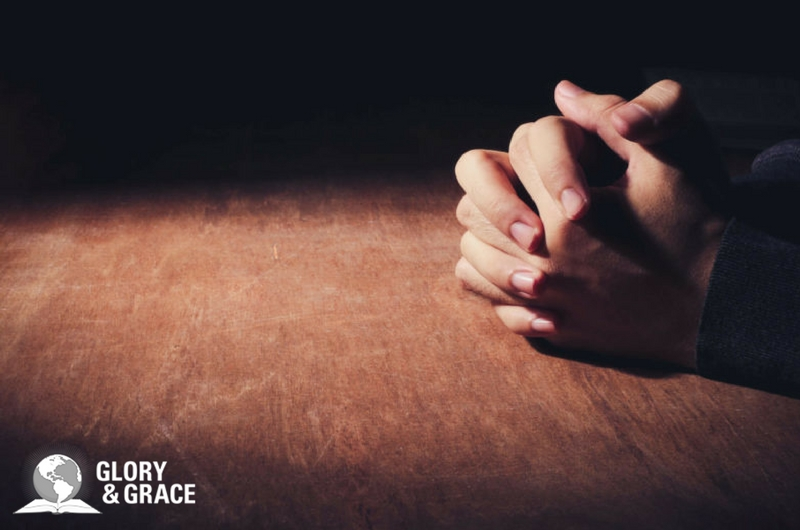 Practicing God's presence image showing praying hands