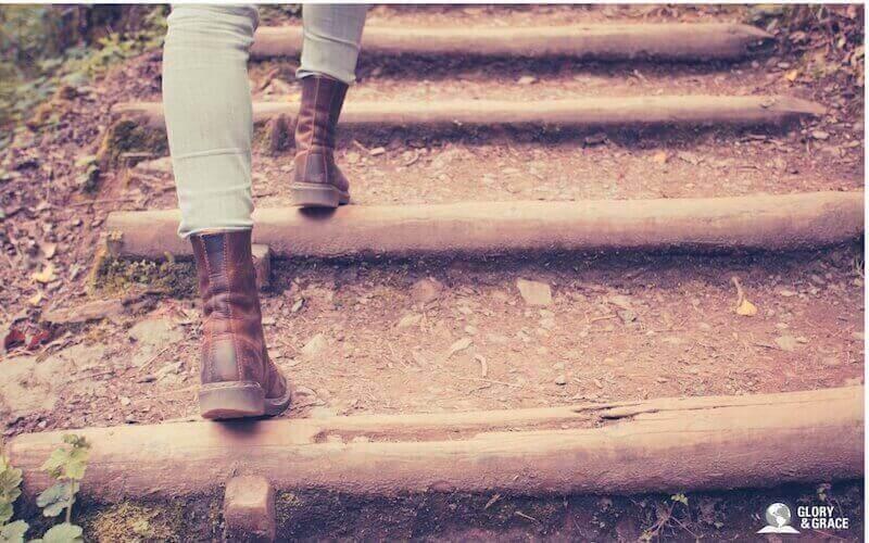 Walking in the Spirit showing a woman walking