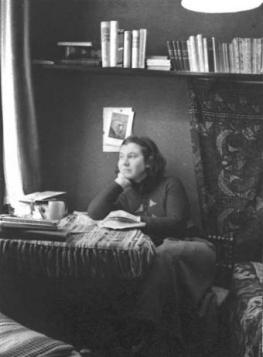 etty-hillesum-4 - with books.jpg
