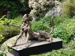 Cheetah 110x65cm at the garden exhibition Latem Gallery ©2014