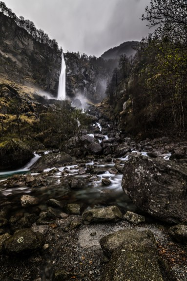 Wasserfall bei La Froda Tessin