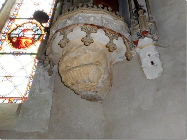 Dans le choeur de l'église de Pocé-sur-Cisse