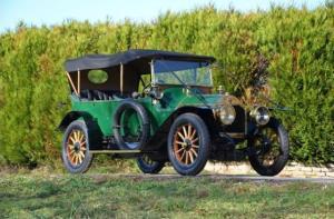 LD-12-hp-1908-1-300x197 Lorraine Dietrich 12 HP de 1908 Les