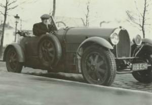 1927 andré derain et sa bugatti par man ray
