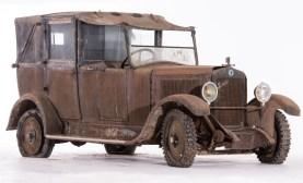 Berliet-VIGB-10-HP-Taxi-coupé-chauffeur-landaulet-1926-27-300x182 Sortie de grange pour la collection Baillon Autre Divers