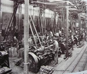 P1020085-Copier-300x255 Visite d'usine (De Dietrich Lunéville) Visite de l'Usine De Dietrich de Lunéville