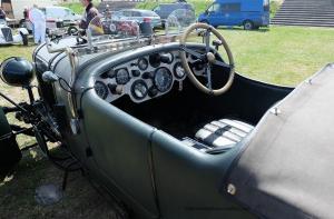 Bentley-2-300x197 Bentley 4,1/2 Litres Van Den Plass 1928 Divers Voitures étrangères avant guerre