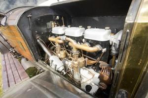 Mercedes-2895-Phaetin-1914-moteur-2-300x200 Mercedes 28/95 de 1914 à Rétromobile Divers
