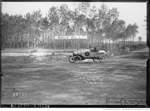 17-9-21-Le-Mans-Grand-prix-des-cyclecars-de-Courcelles-sur-Hinstin-sur-3-aucune-ne-termine-300x222 Hinstin CC1 1920 Cyclecar / Grand-Sport / Bitza Divers