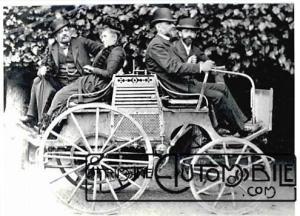 protoype-dog-cart-devant-Emile-levassor-et-emile-mayade-de-face-derrière-louise-sarazin-et-rené-panhard-300x216 Femmes au volant... Autre Divers