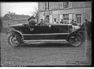 Coupe-de-lArmistice-Demange-sur-cyclecar-Bedelia-1100-en-1922-300x223 Bédélia Cyclecar / Grand-Sport / Bitza Divers