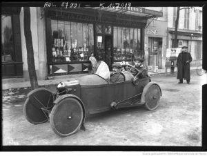 circuit-de-Paris-Bédélia-de-Mr-Bourbeau-1913-300x226 Bédélia Cyclecar / Grand-Sport / Bitza Divers