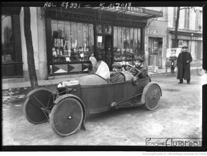 circuit-de-Paris-Bédélia-de-Mr-Bourbeau-1913-300x226 Bédélia Cyclecar / Grand-Sport / Bitza Divers
