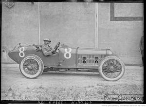 23-7-21-Le-Mans-Jean-Chassagne-sur-Ballot-usines-Bollée-pesage-du-grand-prix-de-lA.C.F.-300x220 Ballot 3 litres 1920 Divers