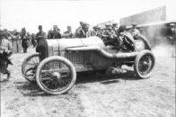 Georges-Boillot-dans-sa-Peugeot-au-Grand-Prix-de-France-à-Dieppe-1912-300x200 La Peugeot des Charlatans (GP 1912) Cyclecar / Grand-Sport / Bitza Divers