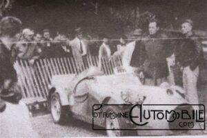 SIMCA-Heise-1949-Stanley-Heise-voulut-courir-dans-une-classe-de-petite-cylindrée-il-sest-construit-une-voiture-autour-dun-moteur-Simca-300x200 Simca 5 Spécial Cyclecar / Grand-Sport / Bitza Divers