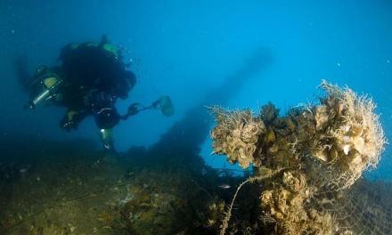 En busca de Tesoros subacuáticos.