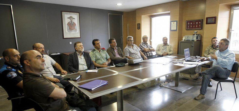 Viveiro prepara un proyecto de arqueología submarina en la ría