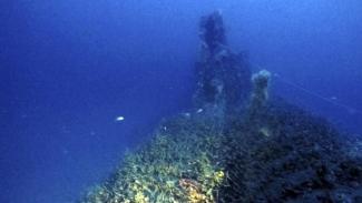 Hallado un submarino de la Segunda Guerra Mundial con 71 cuerpos a bordoVista parcial del supuesto submarino británico (Massimo Bondone : AP)
