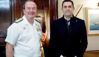 La Armada ayudará a proteger el patrimonio subacuático de Canarias