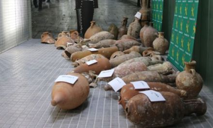 La Guardia Civil incauta 42 piezas arqueológicas robadas en yacimientos submarinos
