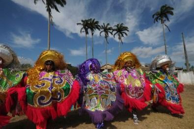 Festas Populares Maracatu Rural da categoria Baque Solto. Grupo Maracatu Corção Nazareno único formado só por mulheres, Nazaré da Mata-PE fev.2013 Crédito Nair Benedicto/N Imagens
