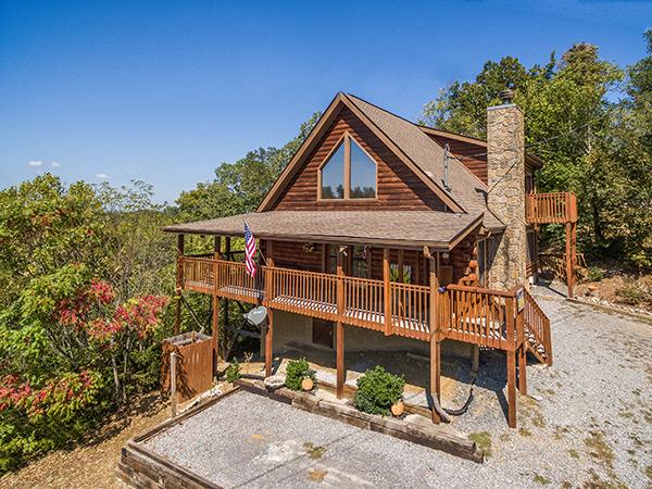 Lake Life - a rental cabin on Douglas Lake
