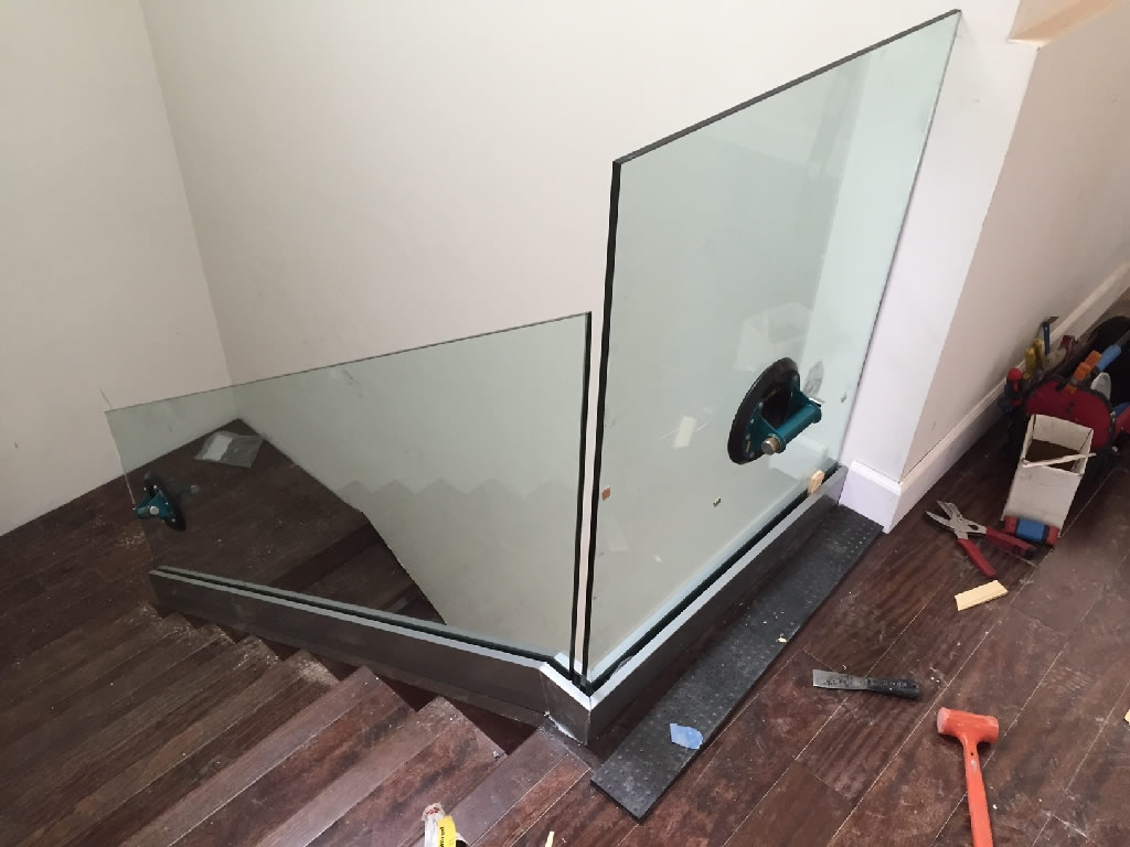 Glass Stairway Railing Patriot Glass And Mirror San Diego Ca   Installing Aluminum Stair Railing   Baluster   Deck Stair   Balcony Deck   Railing Systems   Pressure Treated