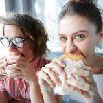 Come riconoscere i nove tipi di fame con l'aiuto della Mindful Eating