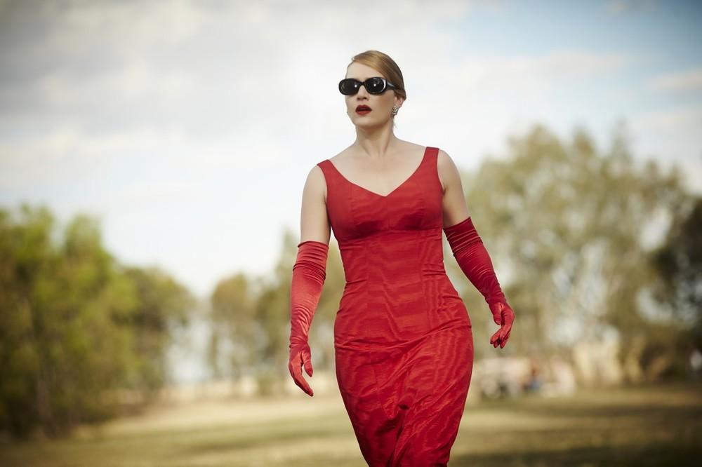 dressmakers il fascino diabolico dell'abito