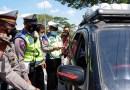 Razia Travel Gelap, Polisi Dapati Pemudik Naik Pickup Modifikasi