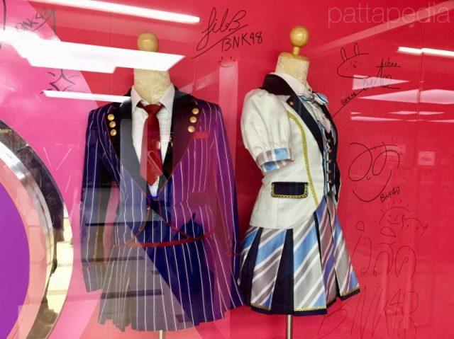 BNK48の衣装展示①