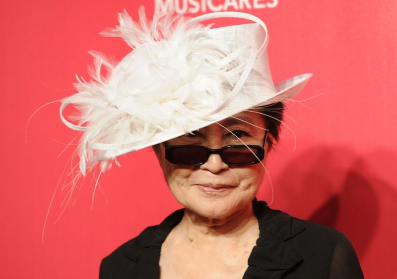 At 85, Yoko Ono plans new album for peace