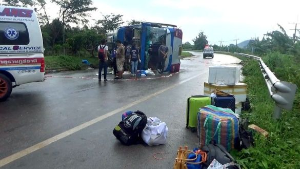 accident bus Phuket Surat Thani 15 injured bus accident
