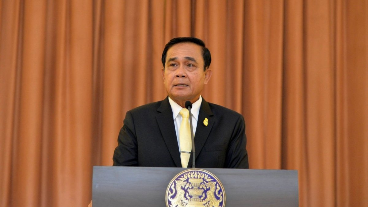 PM told to step down as junta chief first