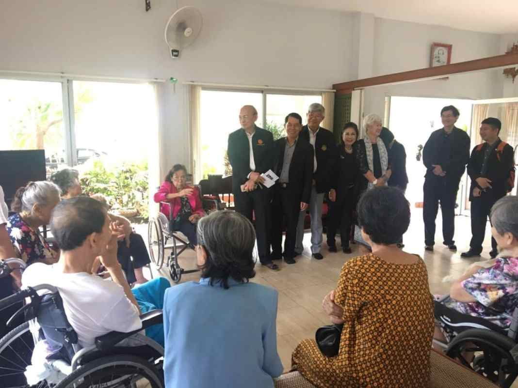 """Seniors benefiting from 'Time Bank' helpers. A """"Time Bank"""" set up by the government's Department of Older Persons in mid-August has 120"""