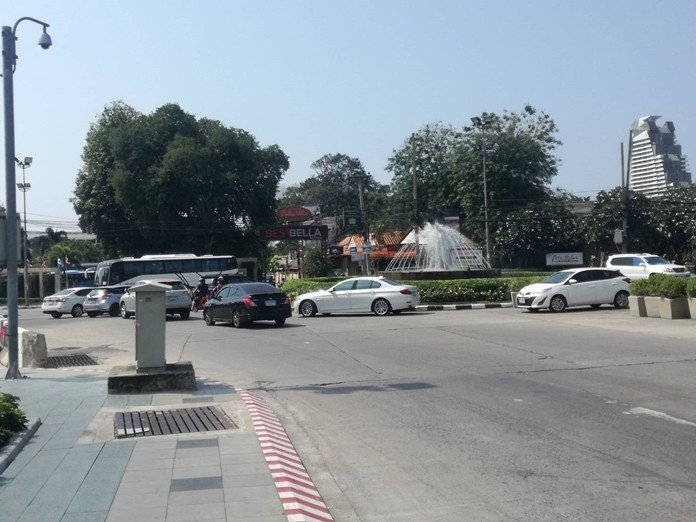 Hobbled for years, Dolphin Roundabout fully reopened to improve traffic