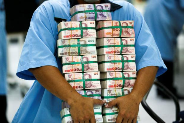 Update: Stronger baht 'will hurt exporters and farmers'